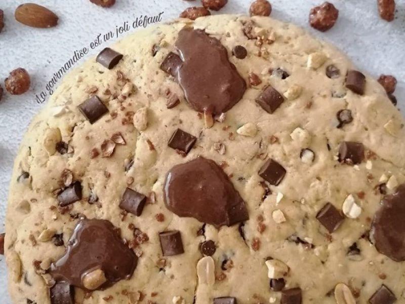 Cookie géant à la noisette